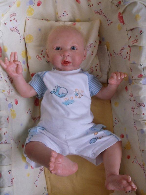 # Mon petit Fabien attend toujours une maman #