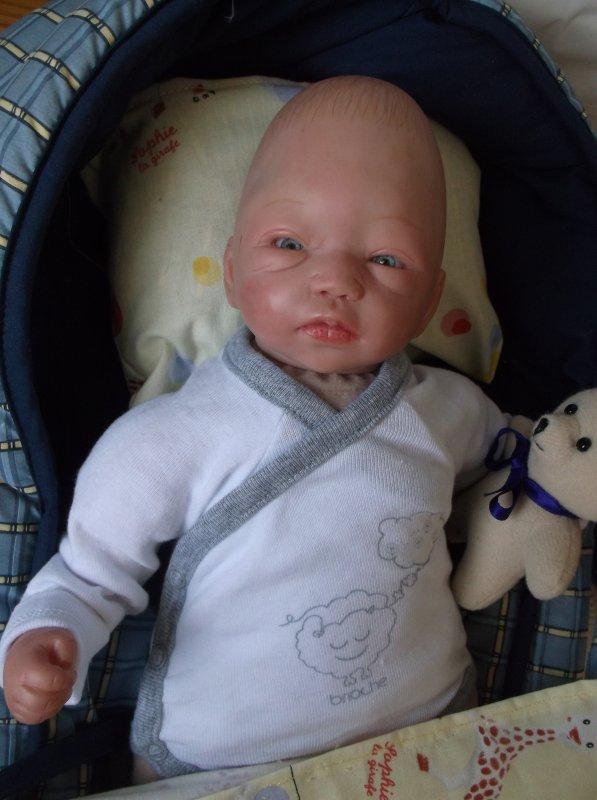 # Isaac, adopté #