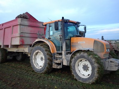 renault ares+benne brimont 16t