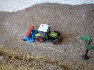 diorama de semis avec un claas ares et un semoir lemken saphir 7