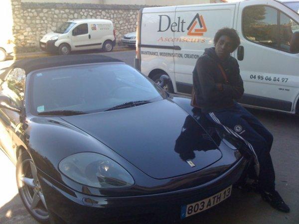 moi et ma Ferrari