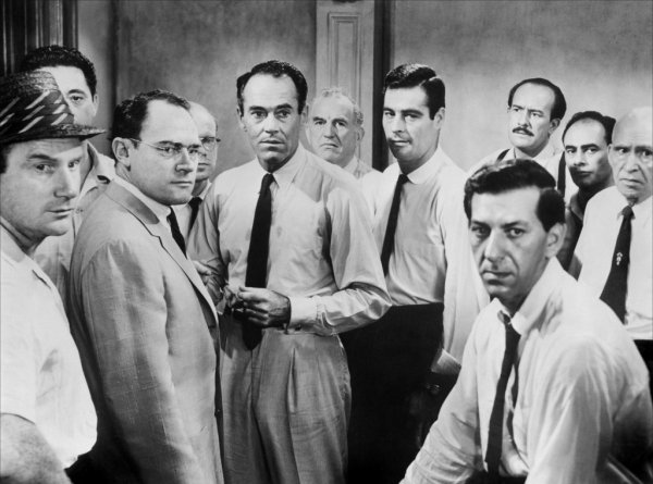 12 Hommes en Colère ( 12 Angry Men )