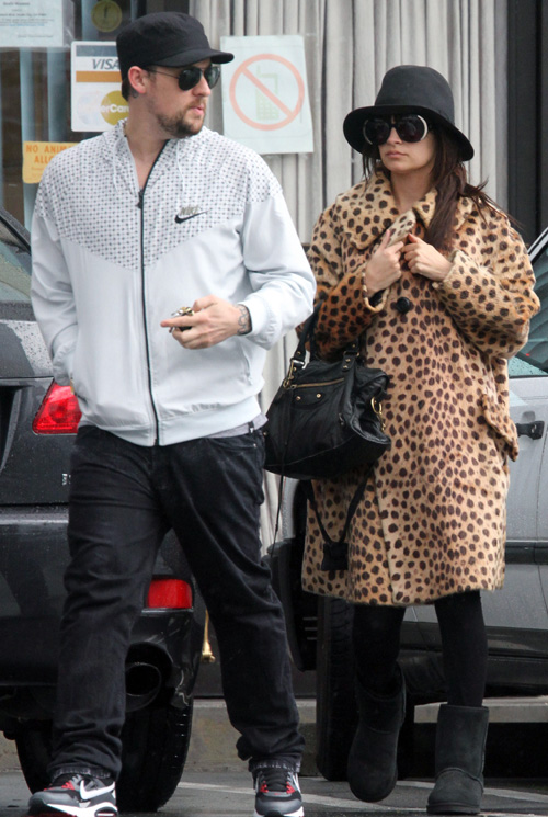19 janvier 2010 : Nicole & Joel enjoyed a late lunch at Sushinozawa in Studio City