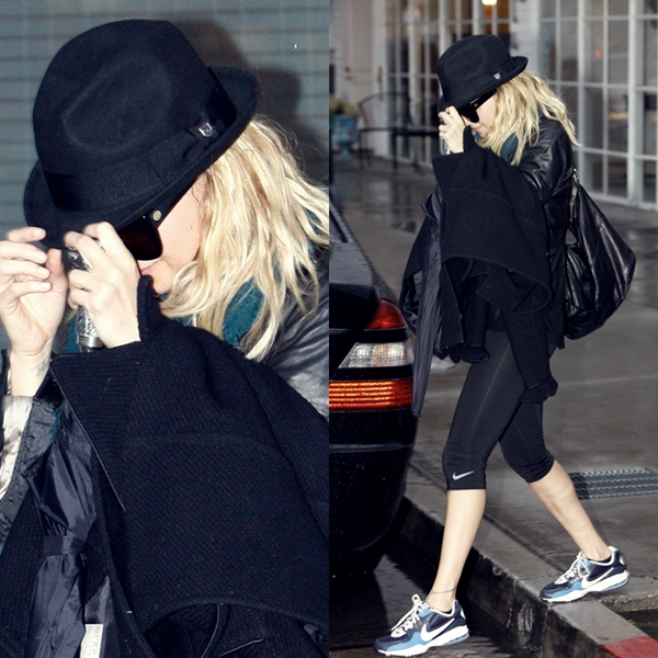 25 Février 2011 : Leaving the Gym in Studio City
