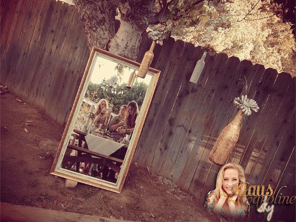 11/11/2012: Candiceétait présente à un photoshoot réalisé par Ryan Herbert pour la marque Show Me Your Mumu avec laquelle elle avait déjà collaboré.  !