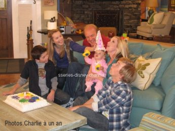 "Episodes de ""BONNE CHANCE CHARLIE"""