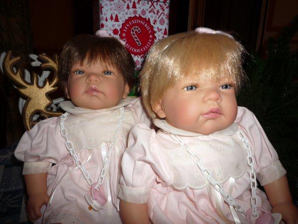 Les jumelles Claire et Julia vous souhaite un JOYEUX NOÊL 2017