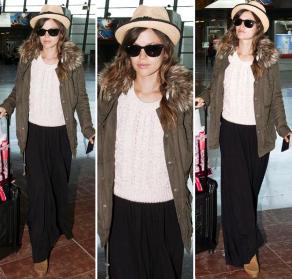 10 Mai 2011 - Rachel à l'aéroport de Nice