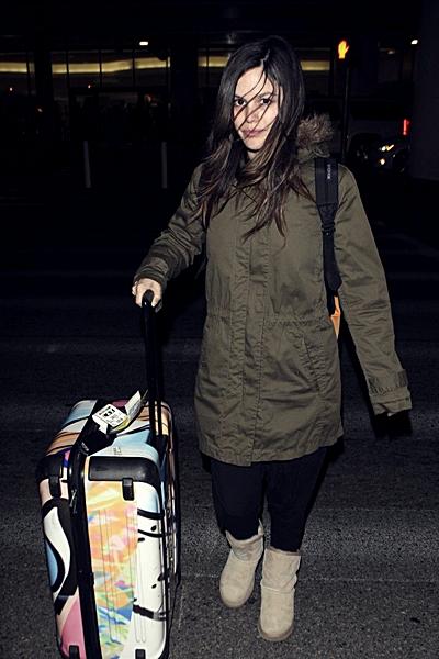 20 février 2012 - Rachel arrive à l'aéroport de Los Angeles