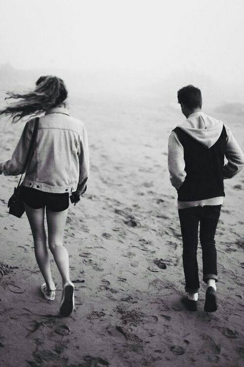 C'est fou l'attachement que tu peux avoir à quelqu'un tu sais pas comment ni pourquoi mais c'est comme ça.