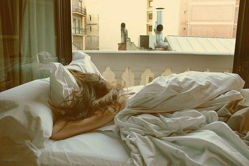 Cher sommeil, je suis désolé de t'avoir détesté étant petit, mais maintenant tu me manques.