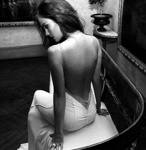 J'ai fait beaucoup d'erreurs dans mon passé, certes. Mais si vous me jugez sur ce que j'ai fait dans mon passé, alors vous n'avez rien à faire dans mon avenir.