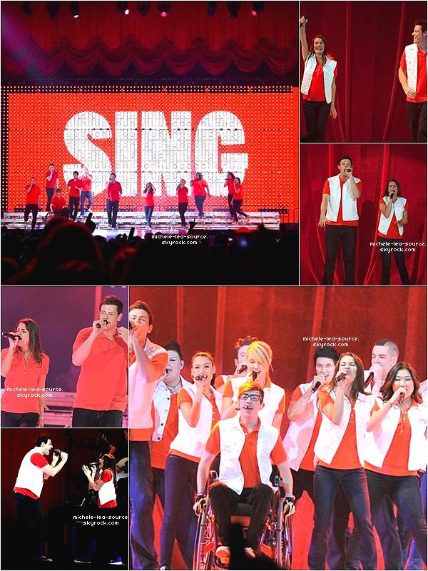 .   11/06/2011 : Le Glee Cast était en concert à Toronto pour le GleeLive!.    .
