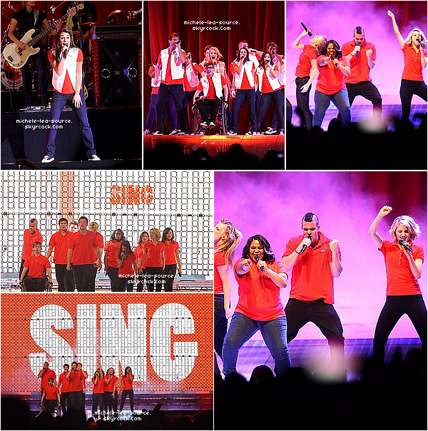 .    18/06/2011 : Le Glee Cast était en concert à New York, au Naussa Coliseum.    .