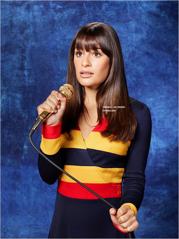 .  Première photo promotionnelle pour la saison 3 de Glee.    .