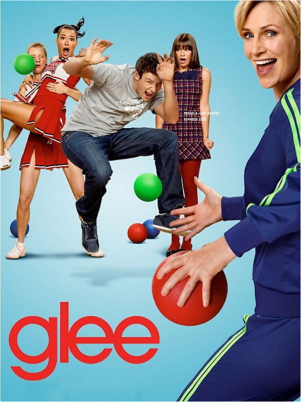 .   Découvrez le premier poster promo pour la saison 3 de Glee !     .