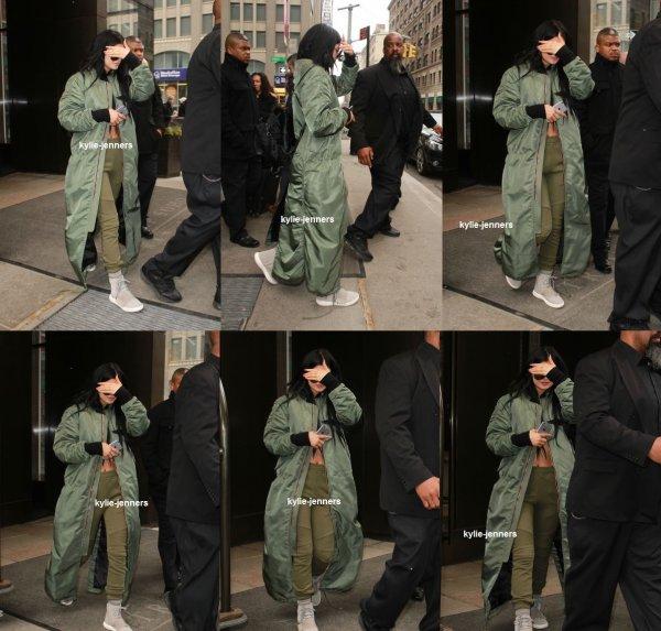 le 12 février 2015 - kylie quittant sont l'Hôtel Trump à New York City