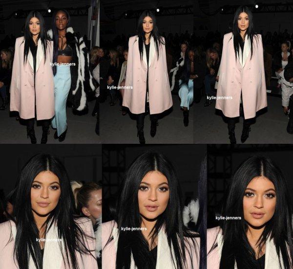 le 16 février 2015 - Kylie au défilé de mode Philip Lim 3.1