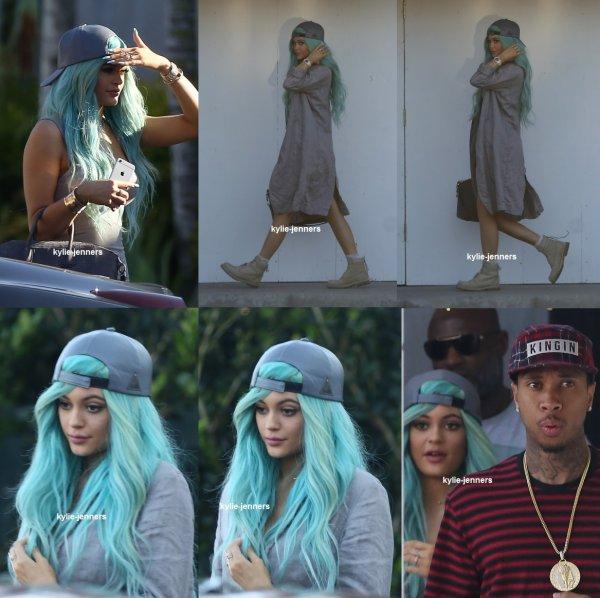 le 12 avril 2015 - Kylie et Tyga laissant M. Chow à Beverly Hills, CA