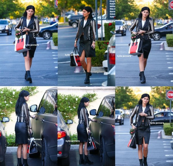 flash-back - le 26 aout 2014 - la princesse kylie En route vers Sugarfish à Calabasas