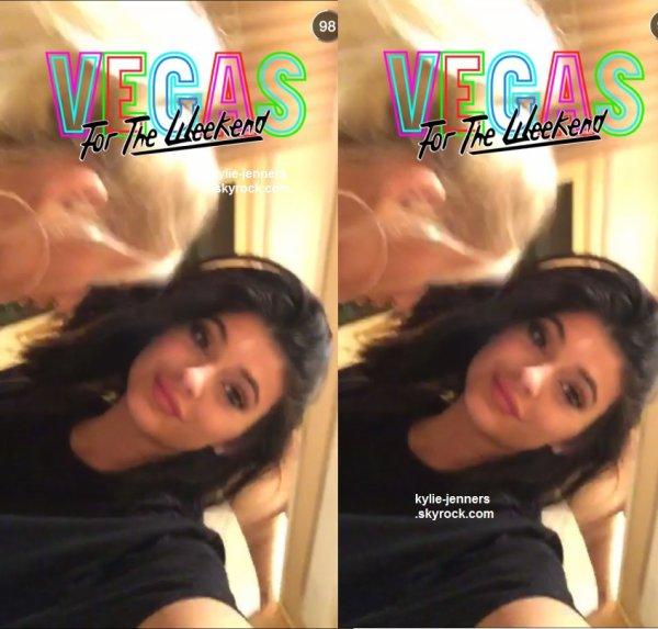 le 7 juin 2015 - kylie et pia mia à las vegas