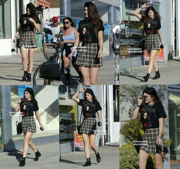 le 2 novembre 2013 - kylie a été veut dans les rue de los angeles
