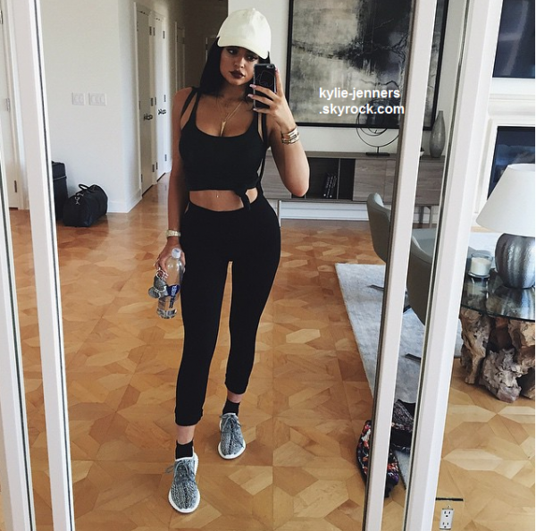 le 20 juin 2015 - kylie à été veut faire du shopping à Beverly Hills