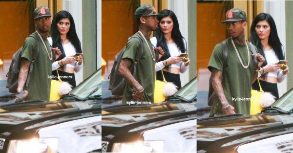 le 28 juin 2015 - Kylie quittant la maison d'un ami à Los Angeles