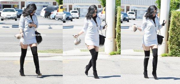 le 13 juillet 2015 - Kylie laissant Kabuki à Studio City