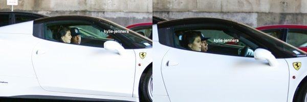 le 14 aout 2015 - Kylie et Tyga circuler dans Beverly Hills