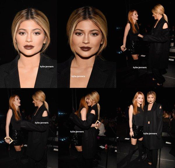 le 15 septembre 2015 - Kylie quitter l'hôtel Trump Soho à New York