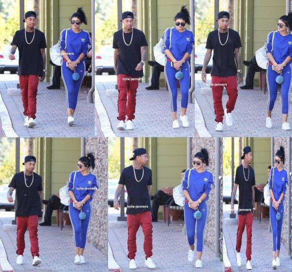 le 10 octobre 2015 - Kylie & Tyga dans Calabasas