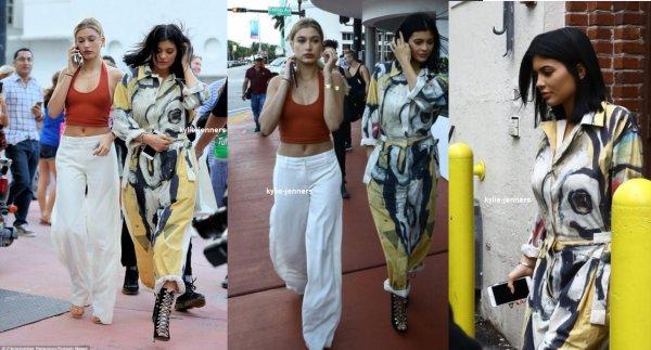 le 6 décembre 2015 - Kylie à Miami, FL