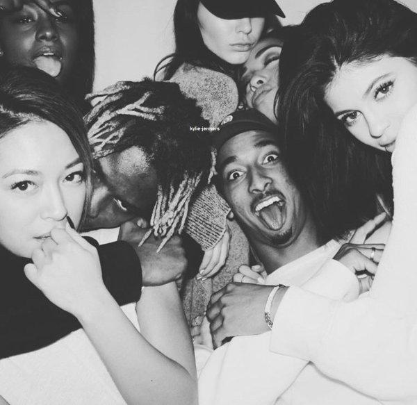 le 5 janvier 2016 - kylie a la fete d'anniversaire de Lauren Perez