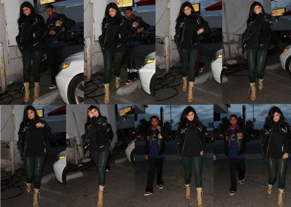 le 12 janvier 2017 - kylie quittant le studio a los angeles