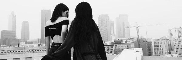 voici un nouveau photoshoot de kylie pour Kendall + Kylie Spring Collection