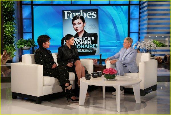 le 5 septembre 2019 : kylie et sa mere on etait sur le plateaux Ellen DeGeneres Show