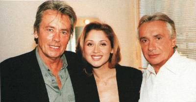 (l) LARA avec Alain Delon & Michel Sardou (l)