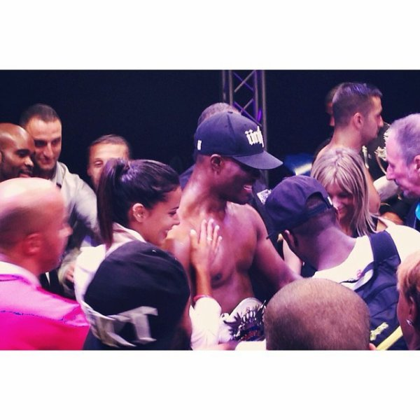 """Yeeeaaahhhhhhhhh !!!! Si fière de te remettre ta ceinture mon """"Houss"""". #Kone #vainqueur #Guerrier @pacomeassi"""
