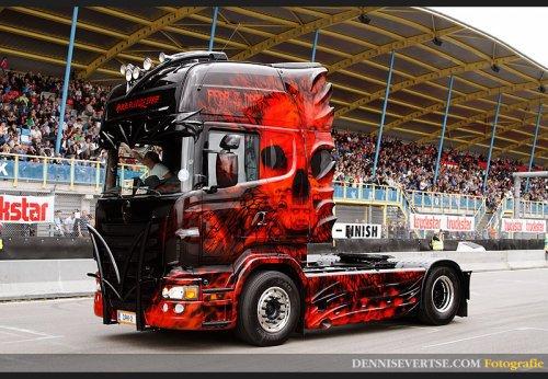 Karhuline Scania R