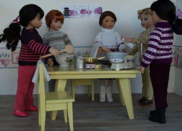 Maru et ses copines cuisinent