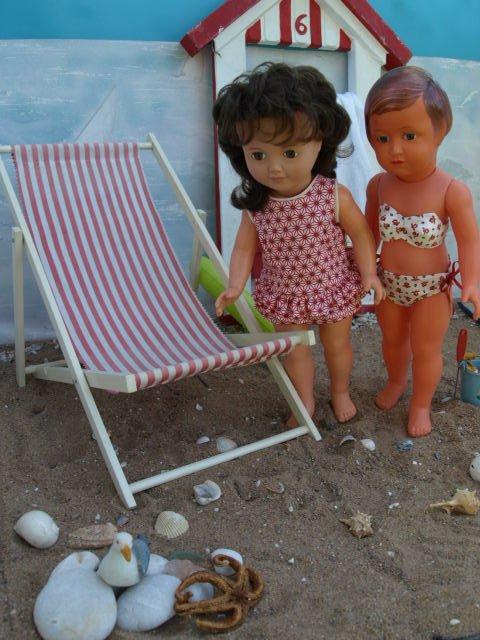 Françoise et Marie Françoise à la plage