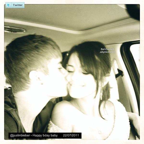 Découvre l'interview complète que Selena à donné  a « ENEWS! »