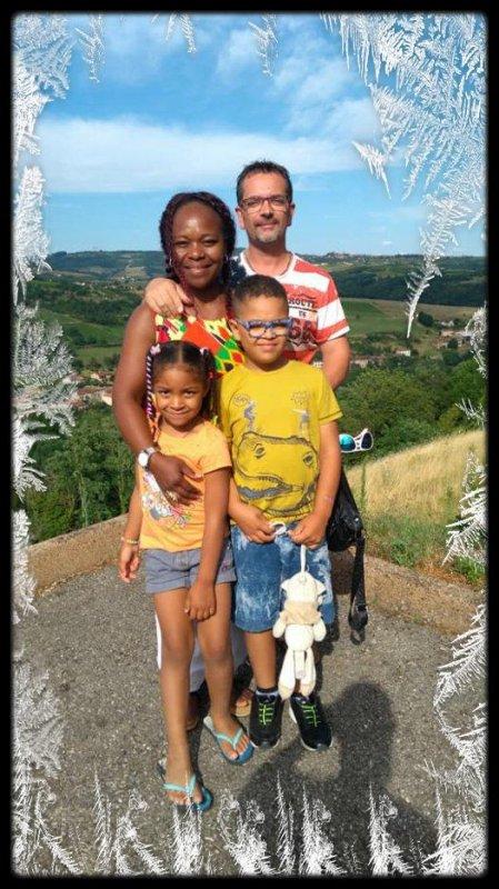 mes petits enfant et mon fils et ma belle fille