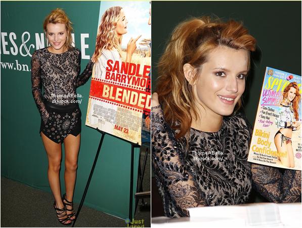 Bella à la première de Blended le 21 mai 2013 . Sa tenue est juste magique , un Top énorme ♥ !