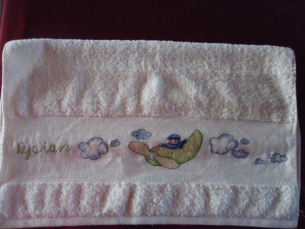86. serviettes pour mes petits-fils Ethan et Lysian les jumeaux de ma fille