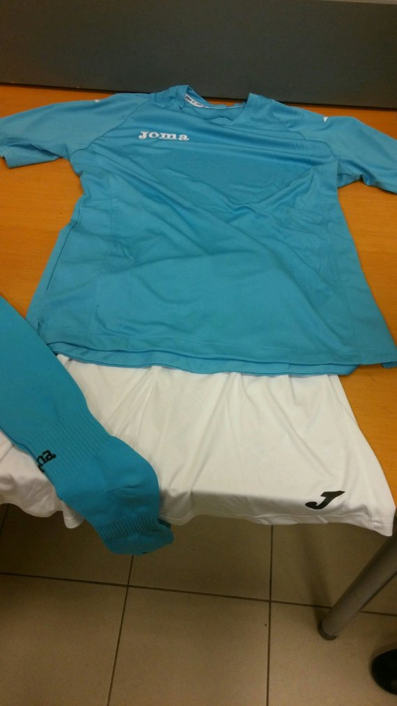 Bientôt les maillots de foot pour mon équipe féminine