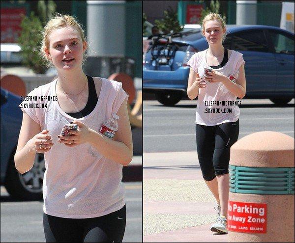 20 Août : Elle sortant d'un cours de sport dans North Hollywood à L.A.