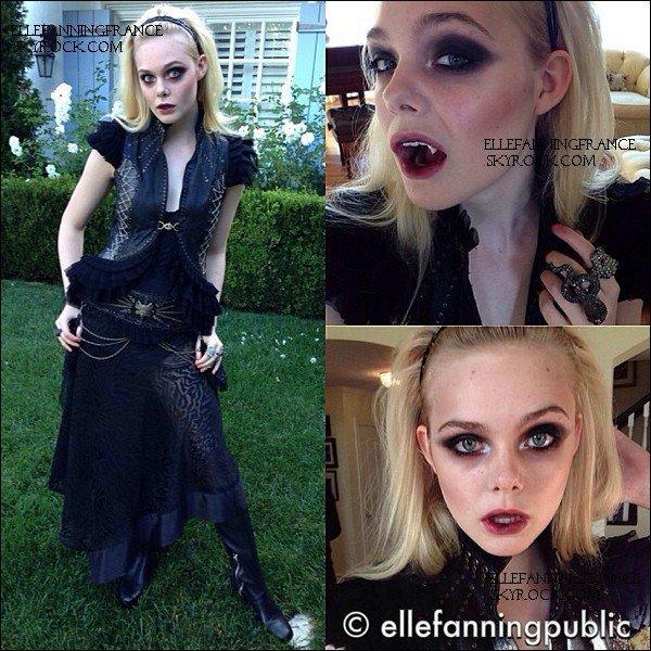 Halloween : cette année, Elle est déguisée en Miss Vamp !