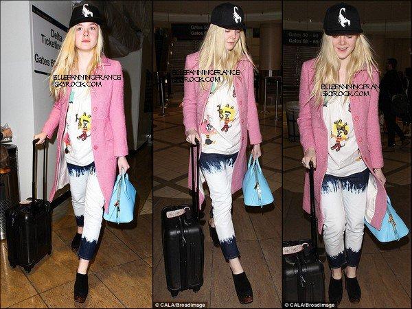 21 Janvier : Elle est de retour à Los Angeles et était à l'aéroport LAX !